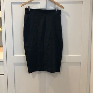 Dark green fitted pencil skirt